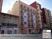 Edif. 19 Viviendas, Locales y Garajes en Valencia.